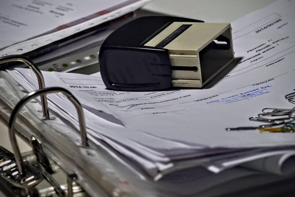 Nadal-można-wystawiać-faktury-papierowe